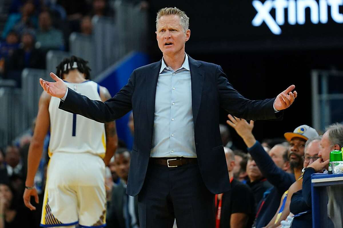 SAN FRANCISCO, CALIFORNIA - NOVEMBER 11: Golden State Warriors head coach Steve Kerr reacts to a play during the first half against the Utah Jazz at Chase Center on November 11, 2019 in San Francisco, California. NOTE TO USER: User expressly acknowledges