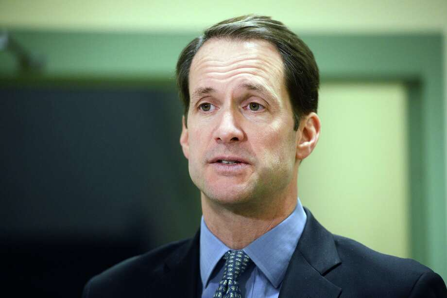 Congressman Jim Himes speaks during a visit to Spooner House, in Shelton, Conn. Jan. 18, 2019. Spooner House started a program through its food pantry to provide meals to local federal workers who have not been receiving paychecks due to the government shutdown. Photo: Ned Gerard / Hearst Connecticut Media / Connecticut Post