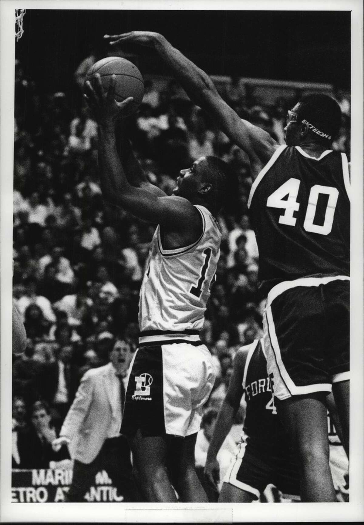 Randy Woods was one of three players from the 1990 La Salle team to make it to the NBA. (Times Union archive)