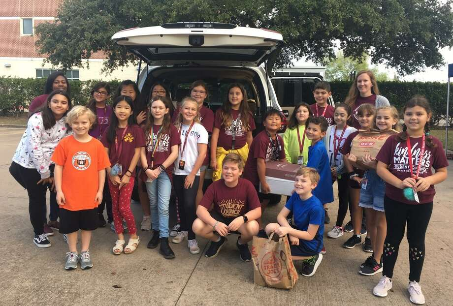 Hayes Elementary Student Council again participated in Channel 13's annual Share Your Christmas Food Drive at Maud Marks Library on Friday, Dec. 6. Donations were delivered to Katy Christian Ministries. Photo: Karen Zurawski / Karen Zurawski