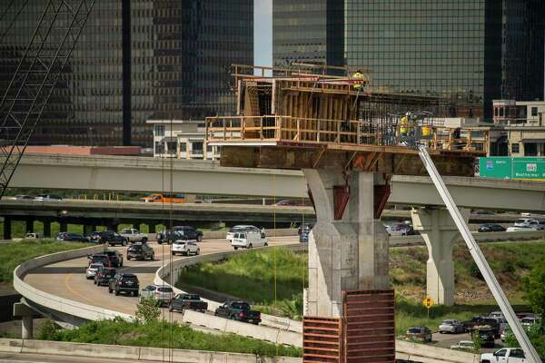 Work continues on new sections of the Interstate 69 and Loop 610 interchange in Uptown on Oct. 1, 2019.