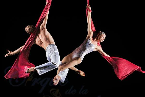 Aerialists from Cirque de la Symphonie will perform during the Hartford Symphony program.