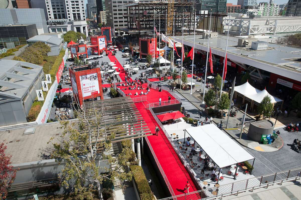 Scenes from Oracle OpenWorld in September 2016, when an entire block of Howard Street closes down for a four-day conference that's also an exercise in pop-up urban design.