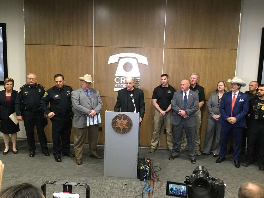 U.S. Marshals announced on Tuesday the arrests of hundreds of gang members in Houston during Operation Triple Beam. Photo: Courtesy