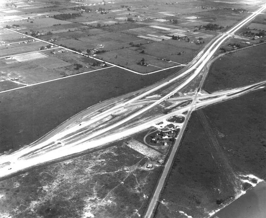 Shepherd interchange with North Freeway, circa 1950. Photo: Houston Chronicle File