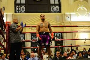 Danbury native Omar Bordoy captured an eighth career victory in his ninth career bout Friday night as part of Fight Nights at the Station in Worcester, Mass. Bordoy defeated Andy Aiello by unanimous decision.