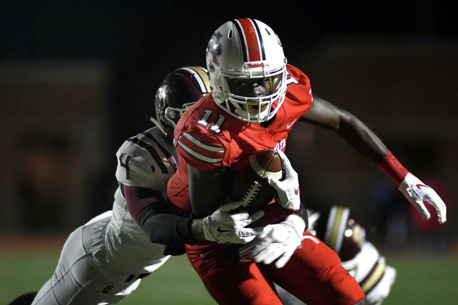 UH signee and Atascocita wide receiver Dylan Robinson (11) had 63 receptions for 1,117 yards and 13 touchdowns and was the District 22-6A Offensive player of the year. Photo: Jerry Baker, Houston Chronicle / Contributor / Houston Chronicle