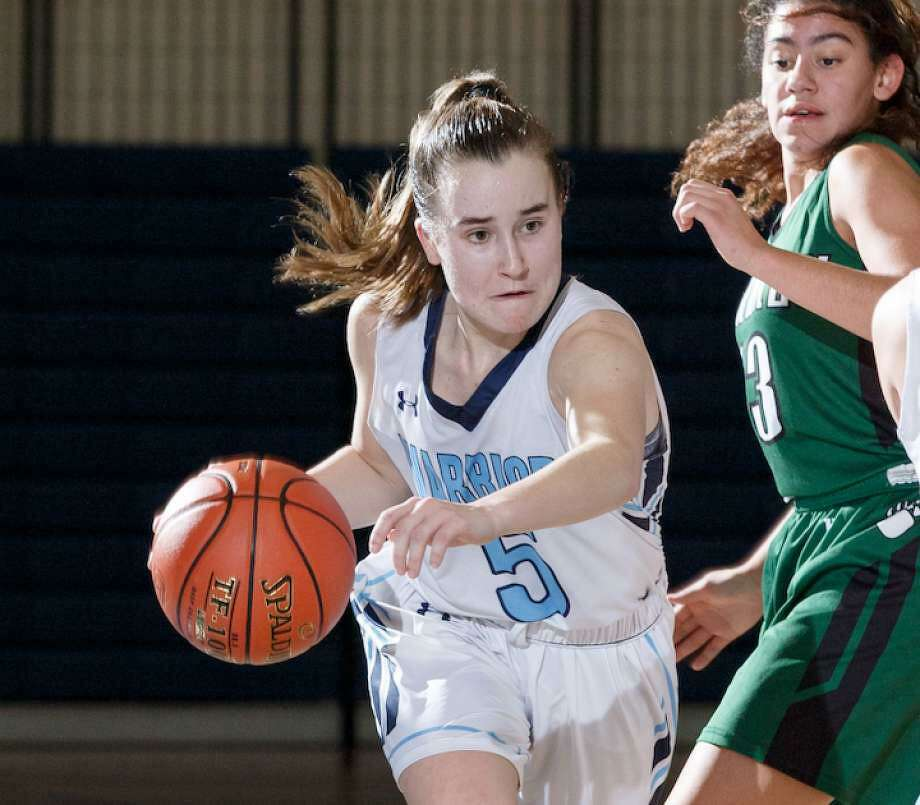 Senior guard Zoe Rappaport is among the starters returning for the Wilton girls basketball team. Photo: Gretchen McMahon / For Hearst Connecticut Media
