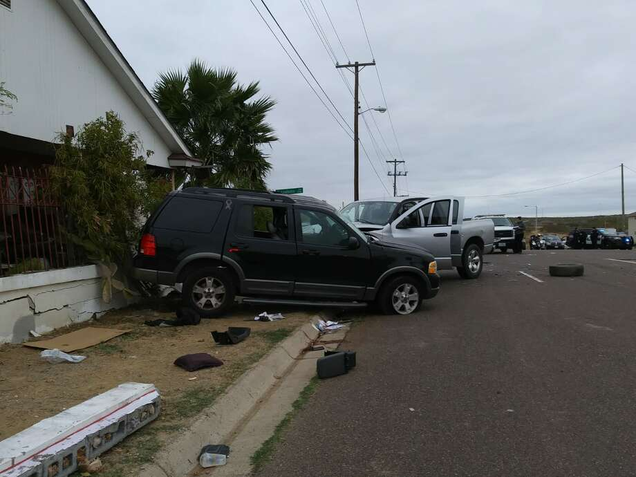 Laredo police said that an elderly male died in this two-vehicle crash on Tuesday afternoon in the intersection of Lomas Del Sur Boulevard and South Louisiana Avenue. Photo: Courtesy