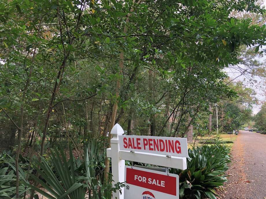 Houston home sales were up in November for the fifth straight month. Photo: Nancy Sarnoff / Houston Chronicle