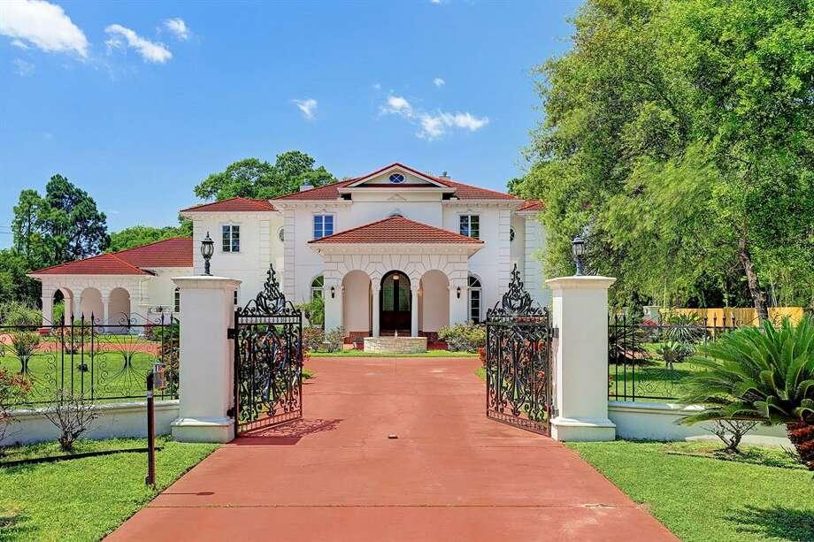1 E. Rivercrest Drive List price: $2.9 million Photo: Houston Association Of Realtors
