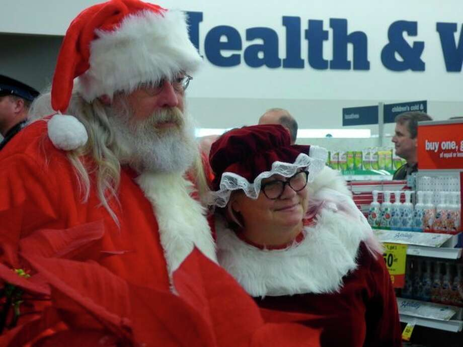Santa and Mrs. Clause were present to help the children find the perfect gift this Christmas. (Scott Fraley/News Advocate)