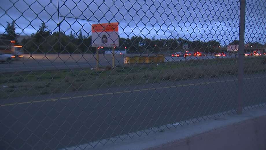 Highway 101 southbound was closed this morning after an accident. Photo: KTVU