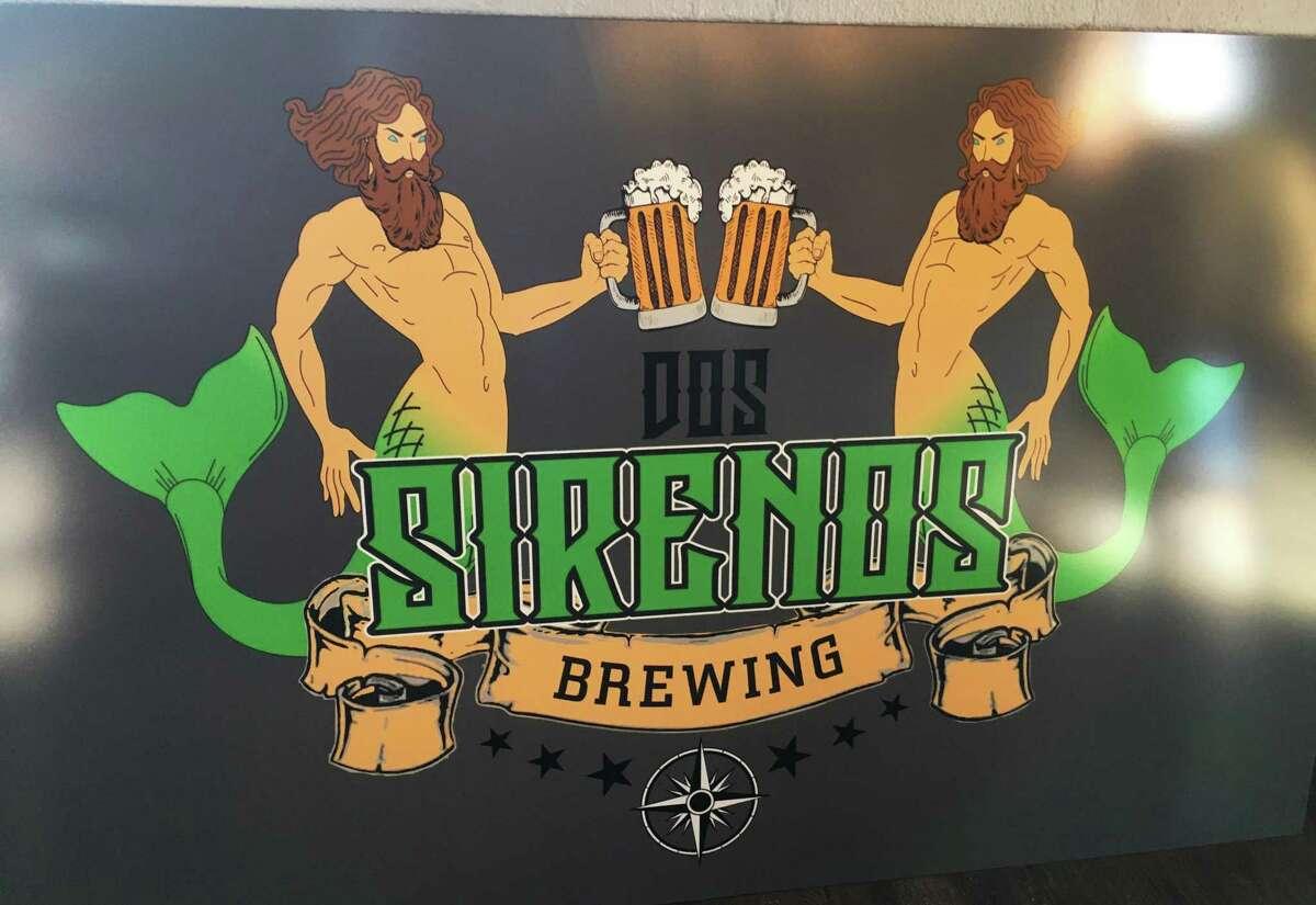 The logo for the Dos Sirenos Brewing Co.