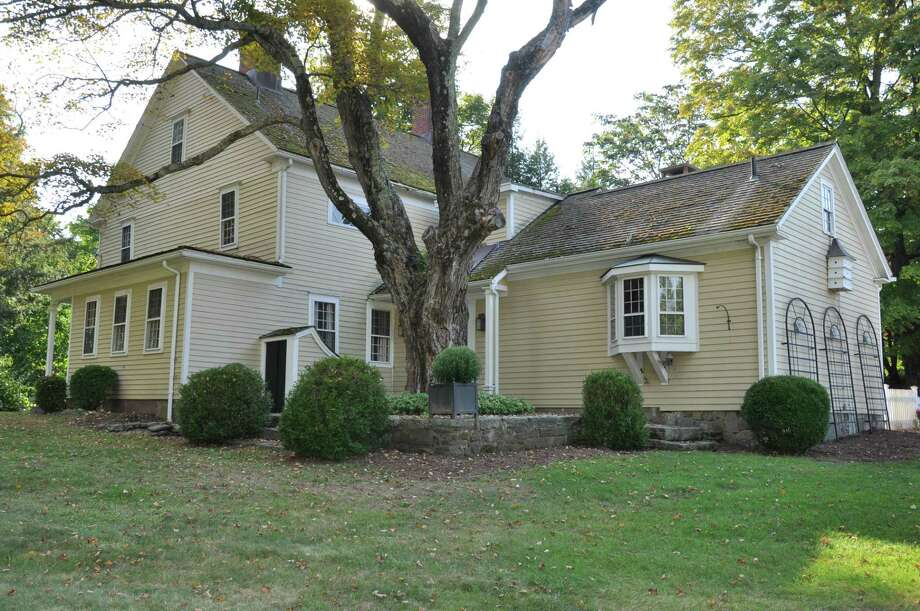 The Samuel Bull Homestead was built in 1706, after its namesake acquired 20 acres on Main Street South in Woodbury. Photo: Woman's Club Of Woodbury / Contributed Photo