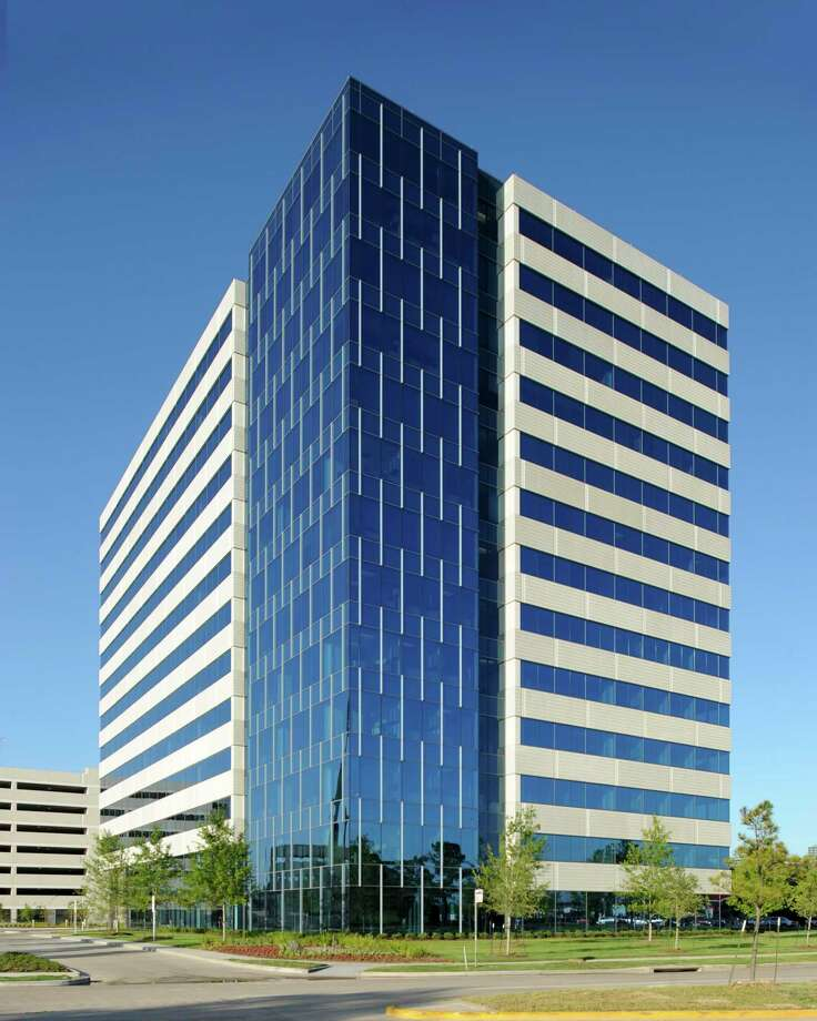 Kiewit Engineering Group Inc. has leased 171,266 square feet at Energy Center I, a 334,367-square-foot, 13-story building at 585 N. Dairy Ashford in the Energy Corridor now owned by Spear Street Capital. Photo: Columbia Property Trust / Columbia Property Trust