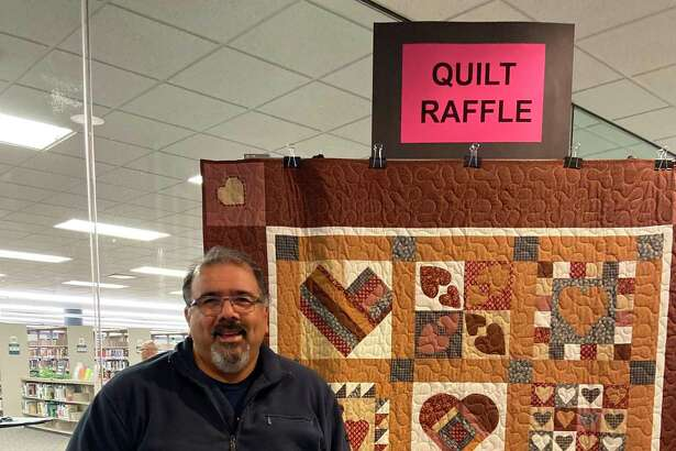 "Lee Lytle of Rosenberg was the winner of the Friends of George Memorial Library's ""Love Your Library Quilt Raffle,"" with the winning ticket was drawn at the library's WinterFest on Dec. 7."