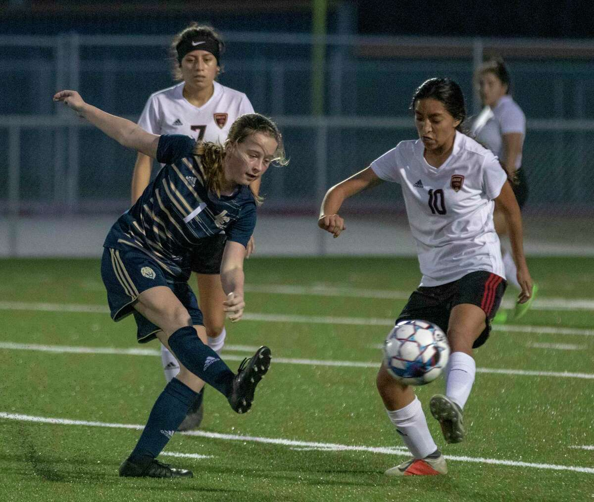 Caney Creek midfielder Julie Mendoza (10) was a first-team all-district selection last season.