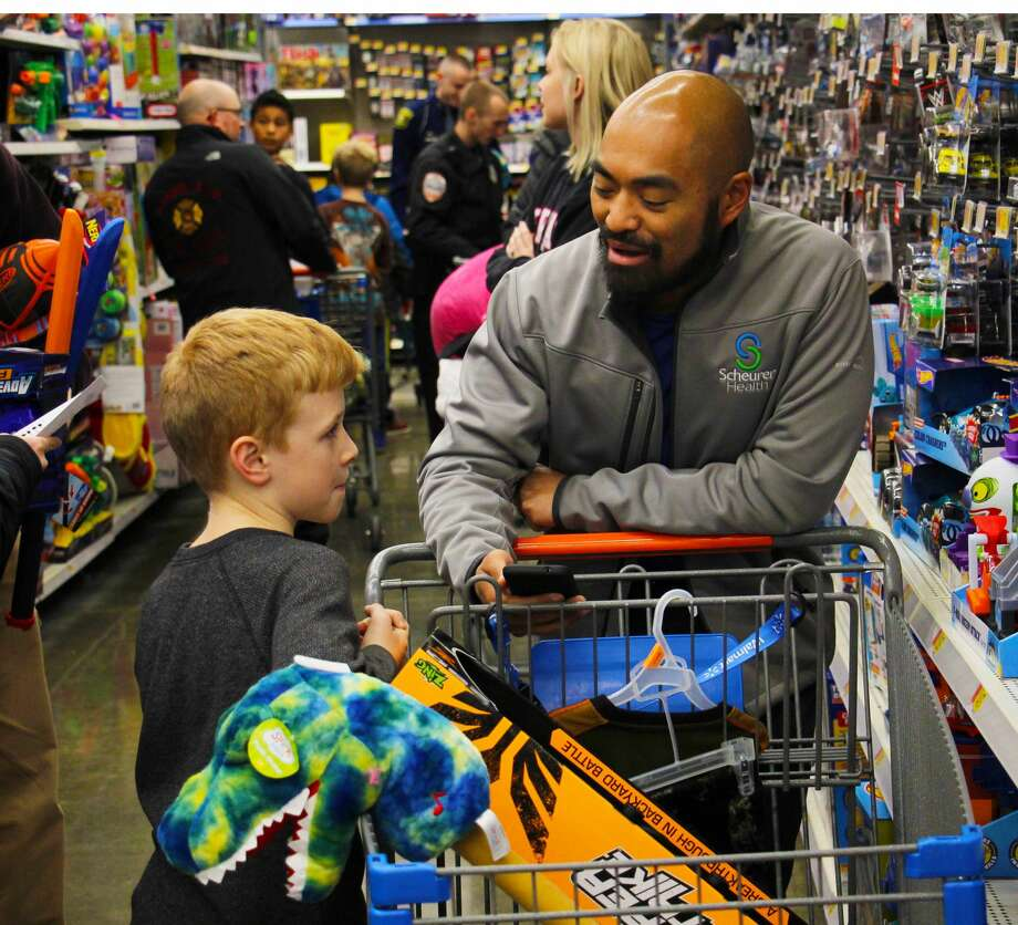 Shop With a Cop is a success at Bad Axe Walmart on Wednesday, 11. Photo: Sara Eisinger/Huron Daily Tribune