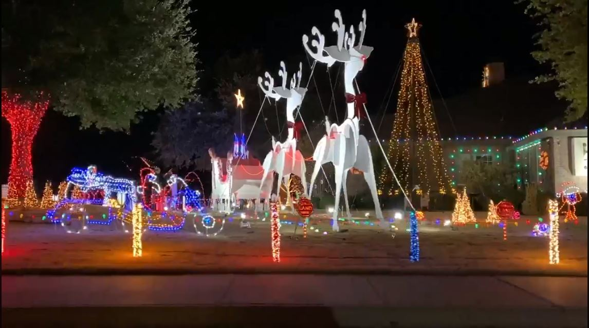 Donations Welcome At Christmas Lights