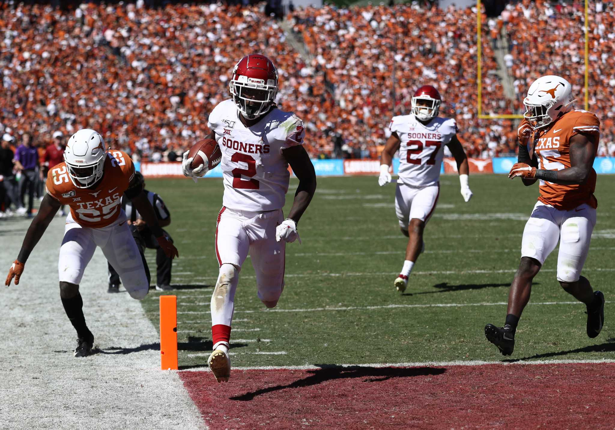 Gap between Sooners, Longhorns widening on gridiron