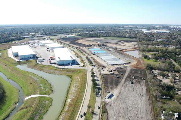 Hines is developing the 120-acre Boulevard Oaks Business Park in southwest Houston. The site is justnorth of Beltway 8 and lining both sides of a tree-lined section of West Fuqua Street.
