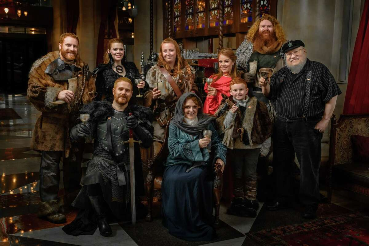 The cast of the 2019 League of Extraordinary Redheads Christmas card, back row L-R: Anthony Gagliardi, Noelle Rein, Margaret Young, Laura McCaffrey, Anasha Cummings. Front row L-R: Duncan Crary, Mary Darcy, Colin Butler and author George R. R. Martin. (Photo by Neil Grabowsky)