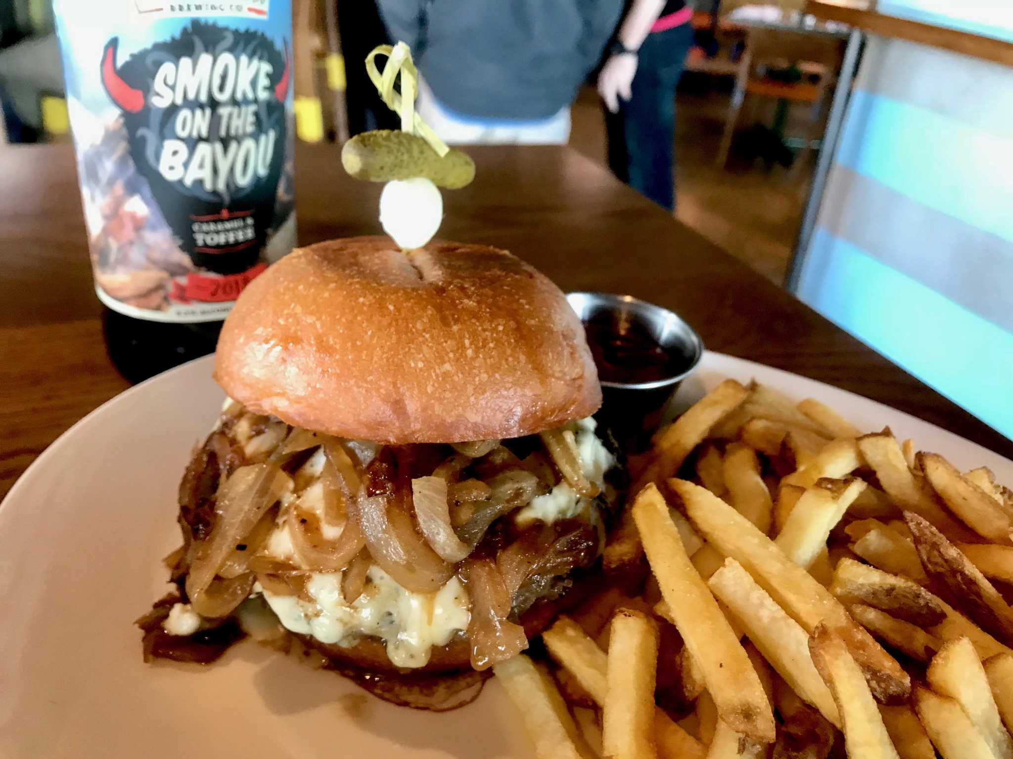 Burger Friday: Buffalo Bayou Brewing Company