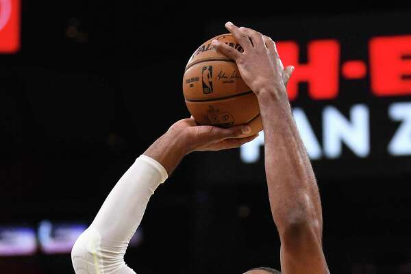 LaMarcus Aldridge of the San Antonio Spurs shoots in overtime against the Cleveland Cavaliers in the AT&T Center on Thursday, Dec. 12, 2019.