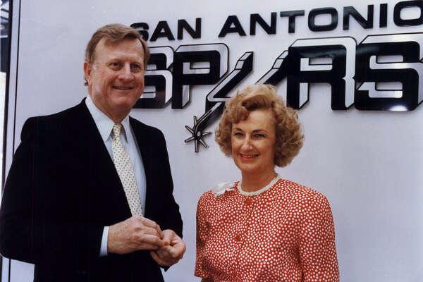 New Spurs owners, B.J. Red McCombs, wife Charline; San Antonio Spurs NBA basketball 1988