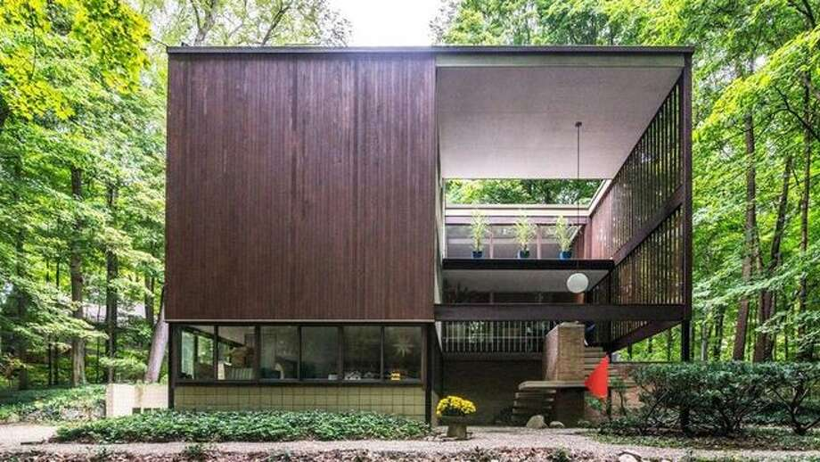 Why Hasn't This Incredible Mod House in the Michigan Woods Sold?