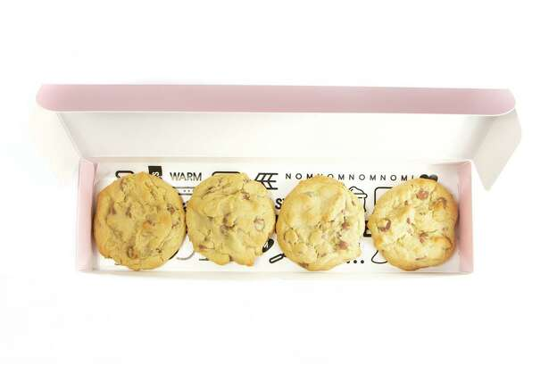 Cookie Crumbl, a franchise cookie shop focused on fresh-made cookies that started in Utah only two years ago, is opening a new location in Atascocita.