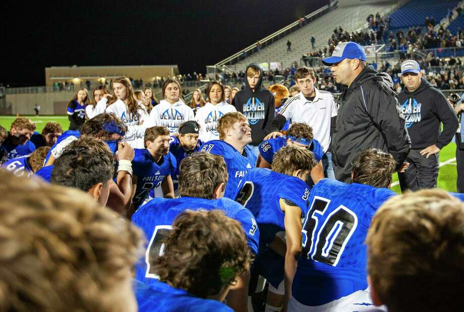 Falls City's Athletic Director and head football coach Britt Hart addresses his team after their loss to Mart at their Class 2A Division I state semifinal football playoff between Falls City and Mart at Pfield football stadium on December 13, 2019 in Pflugerville, Texas. (Thao Nguyen/Special Contributor Photo: Thao Nguyen, San Antonio Express-News / Contributor