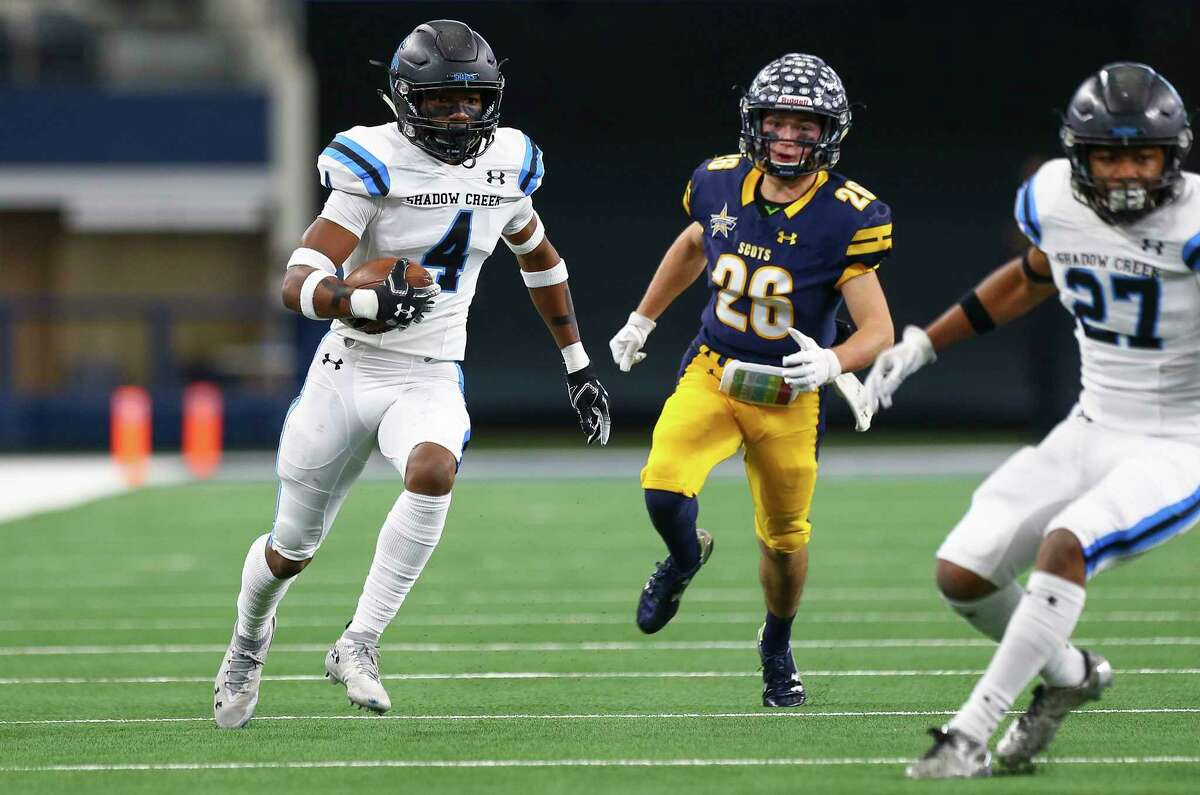 Alvin Shadow Creek defensive back Xavion Alford, returning an interception in the 2018 Class 5A Division 1 state title game, is one of just five defensive commitments for Texas at the moment.