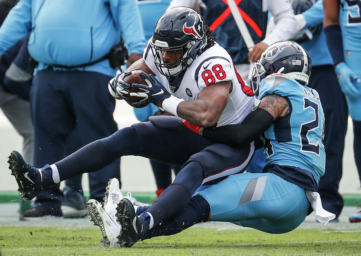 When the Texans and Titans meet Sunday, Tennessee will be fighting to join Houston in the playoffs.