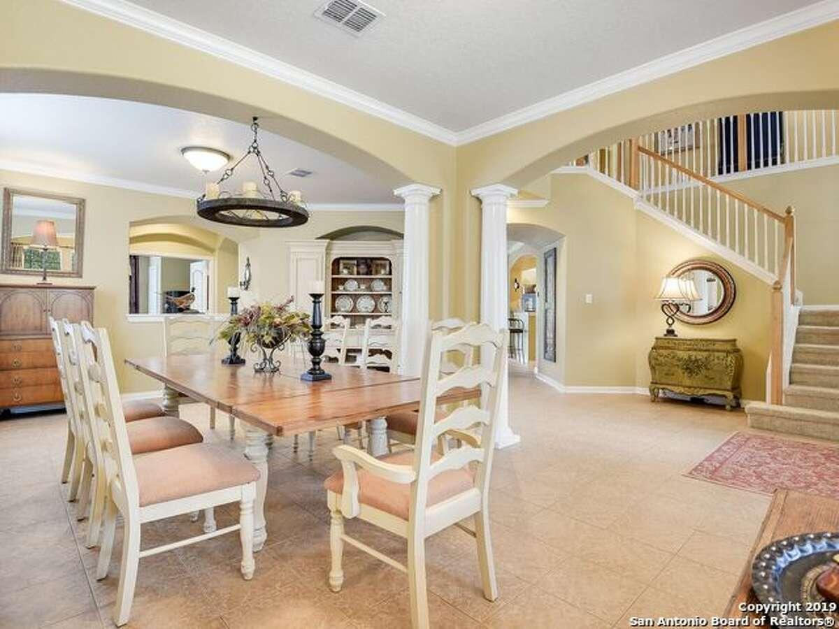 121 RATTLESNAKE BLUFFBOERNE, TX 78006 5 Bedrooms, 2 Full Baths, 1 Half Bath,1 Dining Room, 1 Kitchen, Breakfast Room,Family Room, Game Room, Living Room, Utility