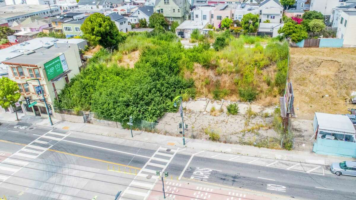 Steve Caravelli of Coldwell Banker, who is listing the .43-acre parcel at 5222-5250 3rd St. in Silver Terrace, said the land could accommodate a large building of 30 to 33 residences with retail at ground-level, or six, three-unit buildings with retail at street level.