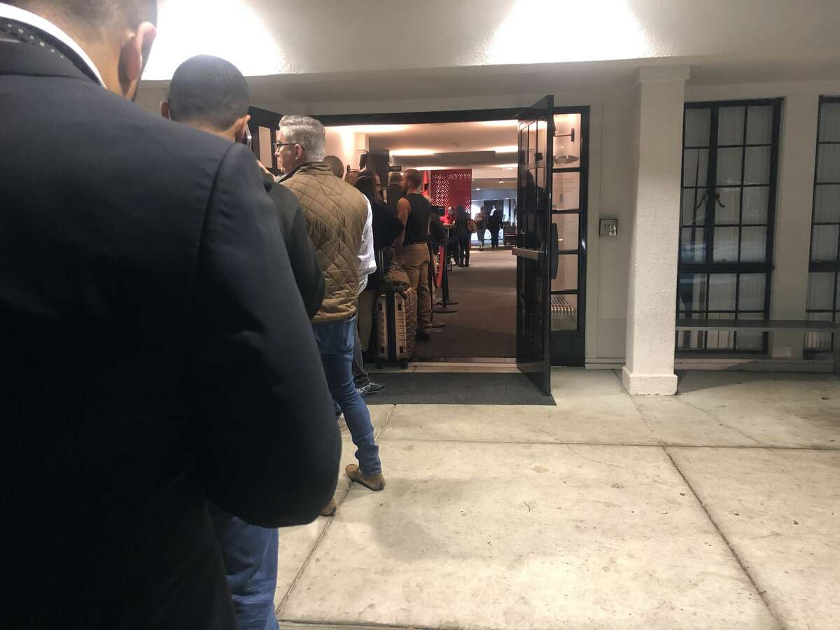 The line waiting to check in at 6:30 a.m. at JSX's Oakland terminal.
