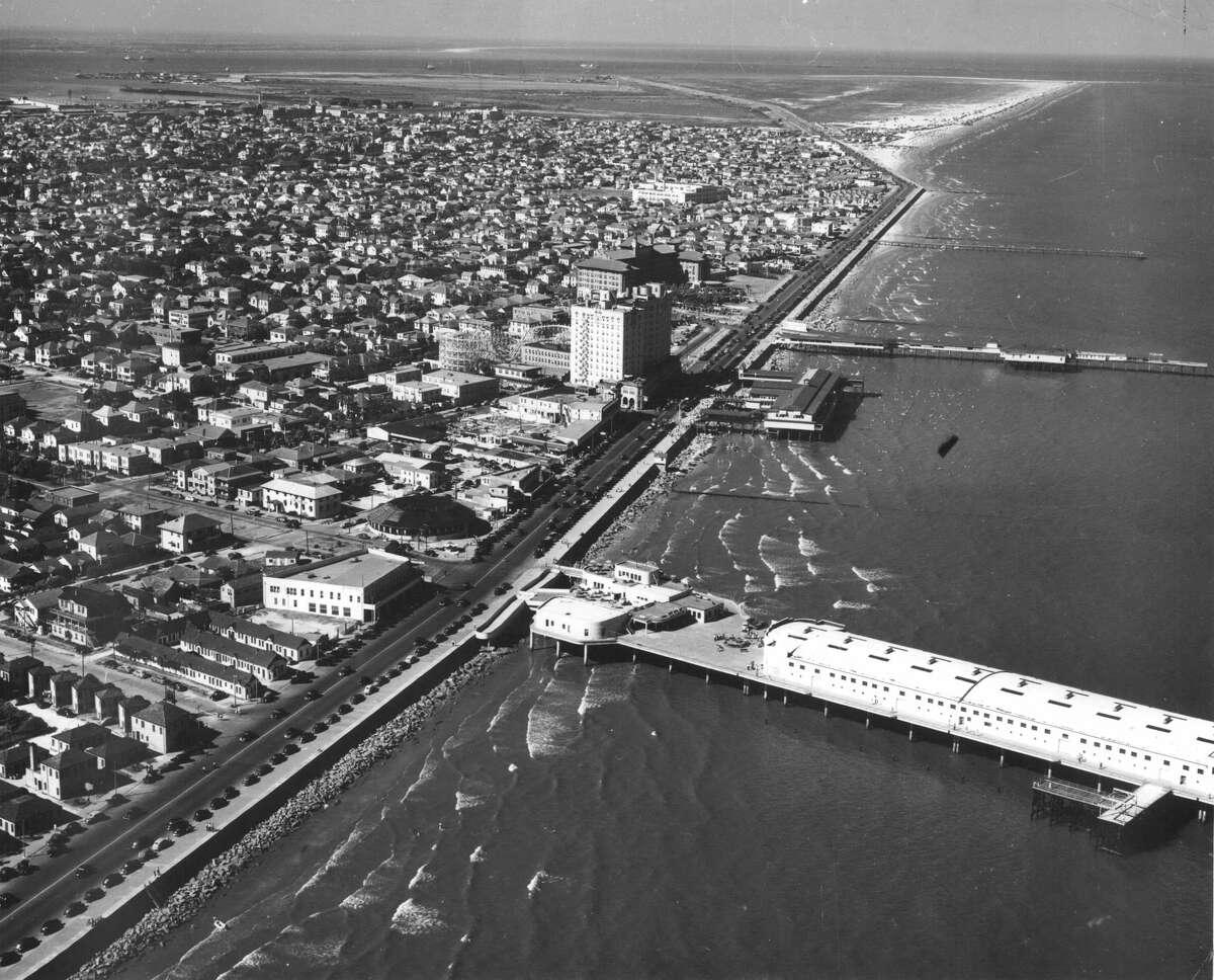 Aerial view of Seawall Boulevard and Pleasure Pier in Galveston.