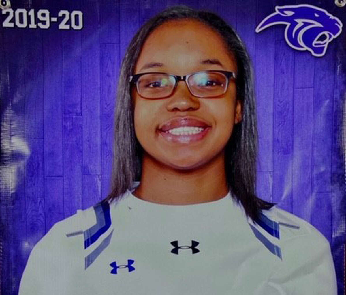 Ridge Point's Aleighyah Fontenot is this week's Chron's girls athlete of the week.