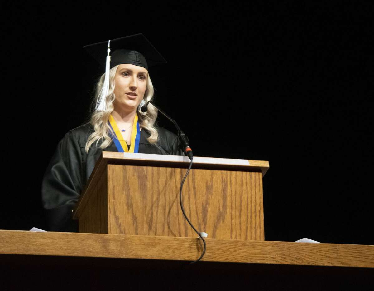 """""""Ellis"""" Mallorie Ellis, from Brownfield, was the senior class speaker for the winter graduation ceremony at Wayland Baptist University on Saturday. Ellis graduate with a Bachelor of Arts degree in English."""