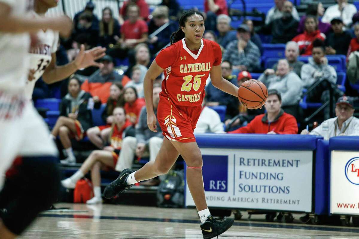 SAN DIEGO, January 31st, 2019 | Cathedral Catholic vs Christian girls high school basketball on Thursday, January 31st, 2019 at Christian High School. Cathedral Catholic's Isuneh Brady (25) moves down the court during the first half against Christian. Brady comitted to UConn on Tuesday.