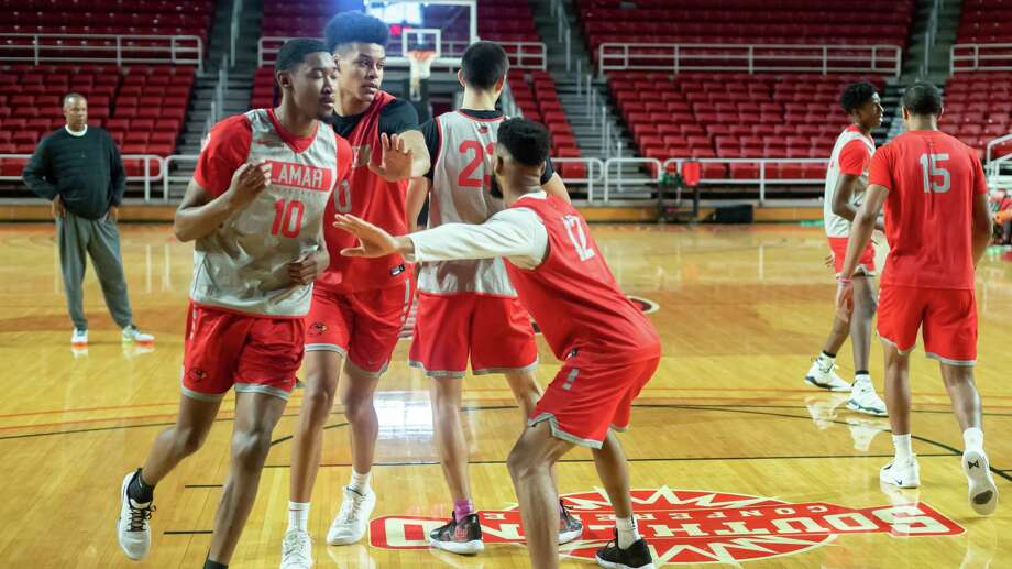 Head coach Tic Price watches as Lamar University men's basketball practices at the Montagne Center on Tuesday, December 17, 2019 for the start of conference play. Fran Ruchalski:/:The Enterprise Photo: Fran Ruchalski/The Enterprise