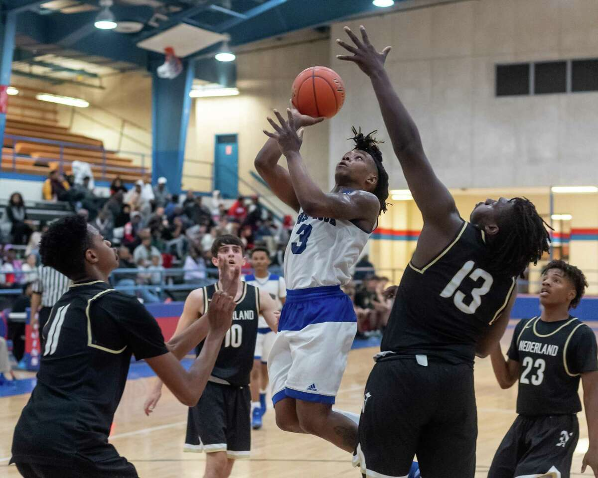The Nederland Bulldogs battled the West Brook Bruins in a tough game on Tuesday night. Fran Ruchalski/The Enterprise