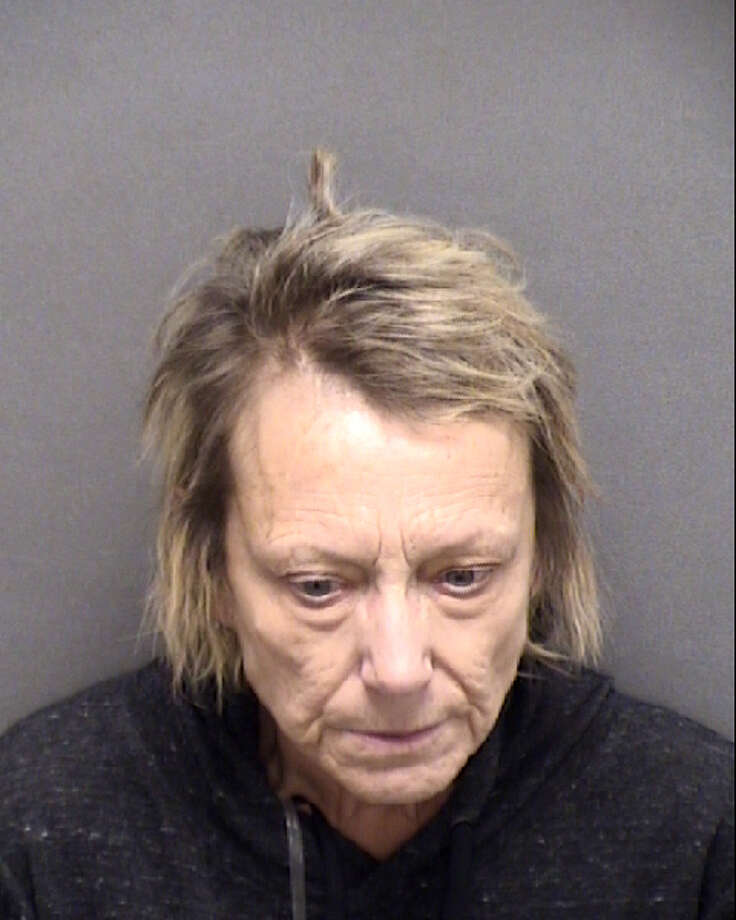 Yvonne Denise Knopick was arrested after a woman allegedly threatened to shoot employees at the South Texas Blood Bank, according to a court affidavit. Photo: Bexar County Sheriff's Office