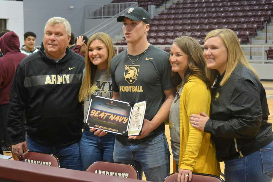 Abernathy's Bryson Daily officially signed his National Letter of Intent to play football for Army in a special ceremony on Wednesday morning in Antelope Gym at Abernathy High School. Photo: Nathan Giese/Planview Herald