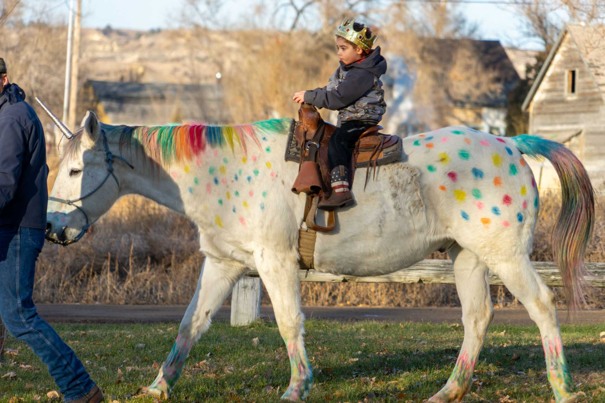 Montana boy wanted to ride a unicorn before his brain surgery. His kindergarten class obliged.
