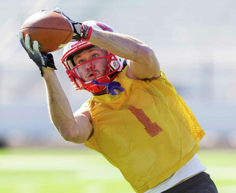 North Central College wide receiver Andrew Kamienski (11) catches a pass during practice at Grand Oaks High School, Wednesday, Dec. 18, 2019, in Spring. North Central will face the University of Wisconsin-Whitewater on Friday in the NCAA Division III football national championship game at Woodforest Bank Stadium at 7 p.m. Photo: Jason Fochtman, Houston Chronicle / Staff Photographer / Houston Chronicle