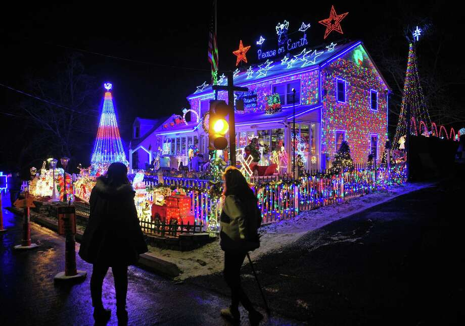 Wonderland at Roseville, a spectacular Christmas display now in its 20th year, lights up the whole block on Roseville Terrace in Fairfield, Conn., on Wednesday Dec. 18, 2019. Photo: Christian Abraham / Hearst Connecticut Media / Connecticut Post