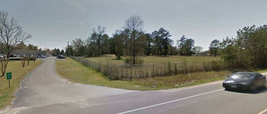 A woman was killed Wednesday morning while driving eastbound on FM 1097 in Willis. Photo: Courtesy Of Google Maps